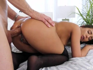 Daughter mom shows cock
